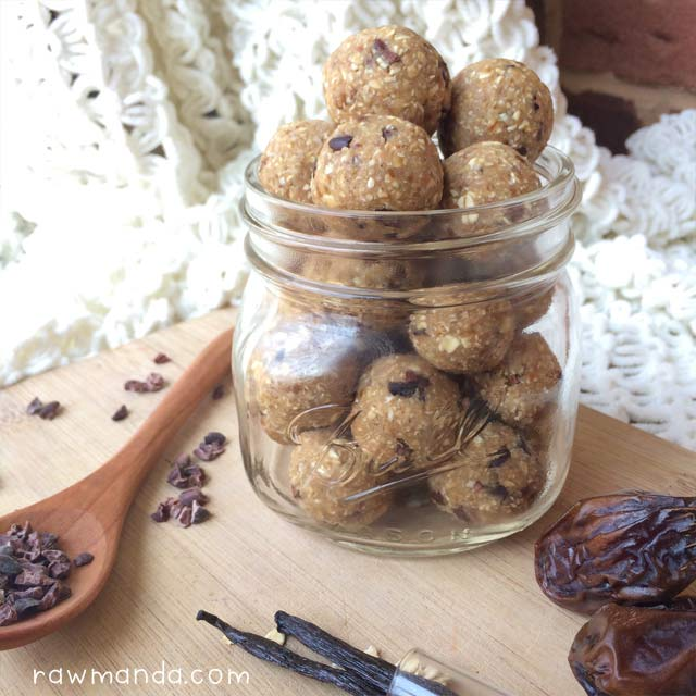 nobake-gluten-free-cookie-dough-balls-recipe-raw-vegan-3