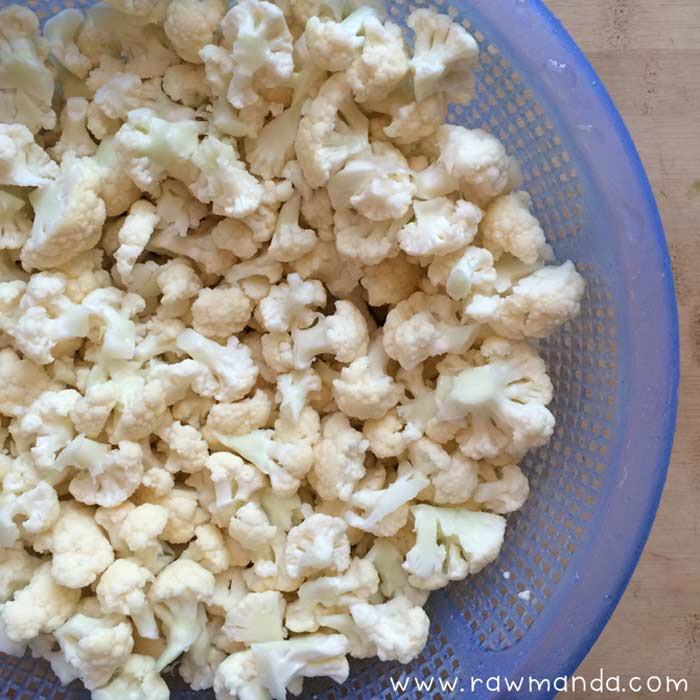 raw cauliflower popcorn small florets