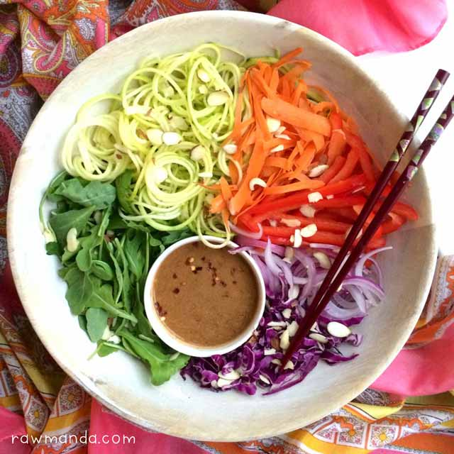 Raw vegan recipe pad thai almond butter dipping sauce raw manda pad thai raw vegan almond butter sauce recipe forumfinder Gallery