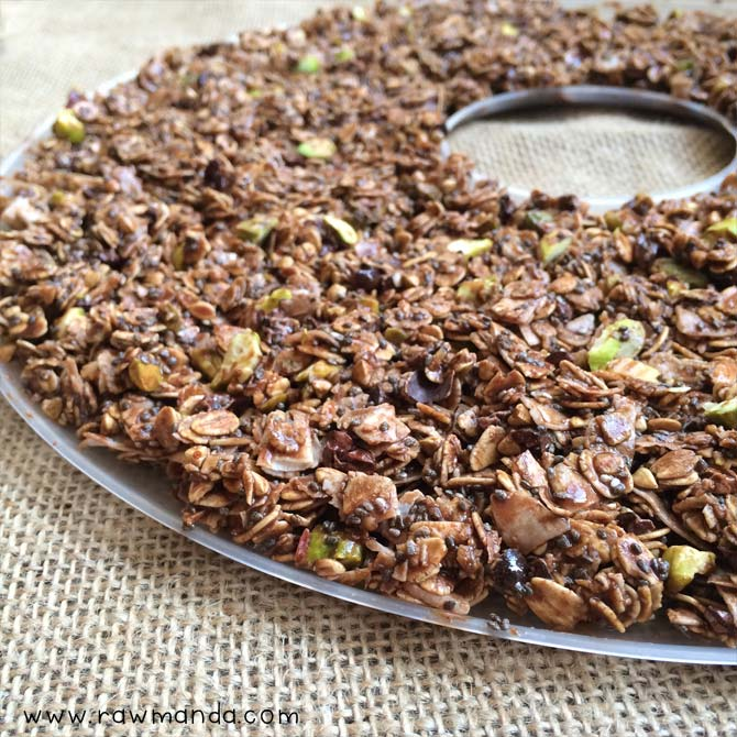 Chocolate chia granola raw vegan gluten free dehydrated chocolate granola forumfinder Images